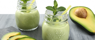 avocado smoothie in mason jar