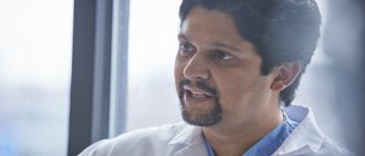 Living Donor Kidney Transplant: Q&A with Dr. Amit Tevar