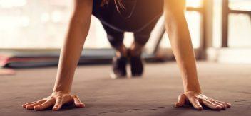 力量训练和减肥是有联系的。学习更多的知识。