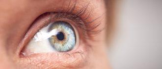 角膜损伤与疾病:如何治疗视力下降?